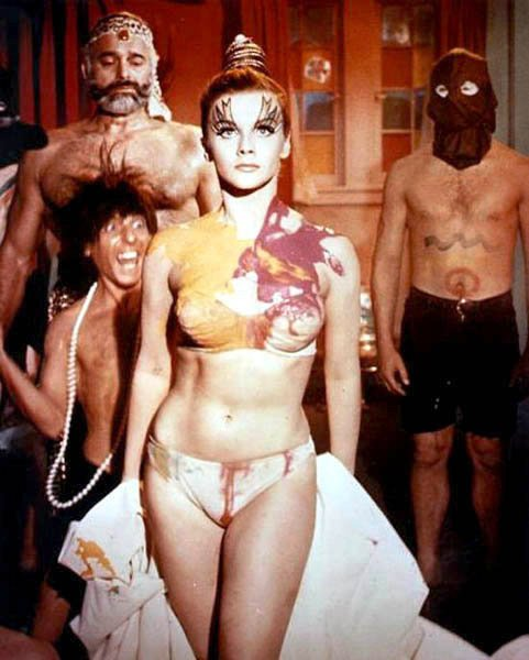 Ann Margret - Photo Set